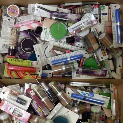 Cover Girl Brand New Overstock Cosmetics 300pcs