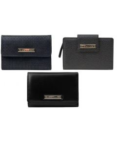 Tahari wholesale ladies wallets assortment 48pcs.